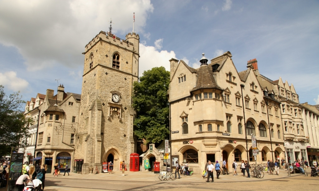An image of present-day Carfax tower, the site of the old Swindlestock Tavern, the site of the town vs gown showdown.
